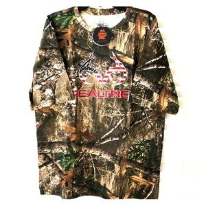 Real tree Camouflage hunting XL tee NWT!